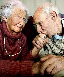 images-old-man-kissing-old-woman-hand