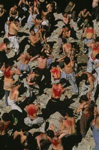 SHIITE-MUSLIMS-DURING-ASHURA-2002 steve mccurry